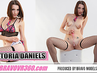 fishnet brunette czech