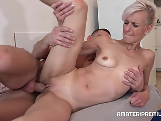 mature blonde hd